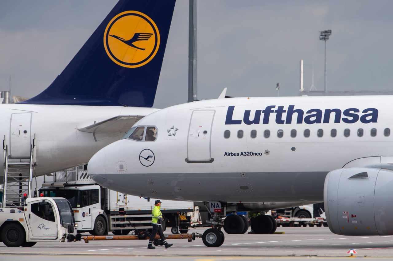 Lufthansa sospende i voli per Teheran