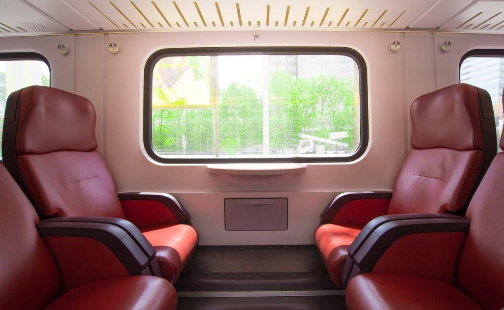 servizio estivo di ferrovie italiane