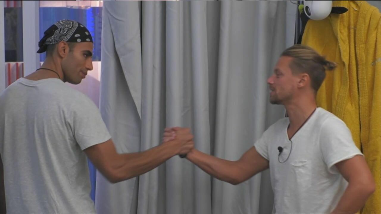Gfvip: Samy e Davide si chiariscono. Video