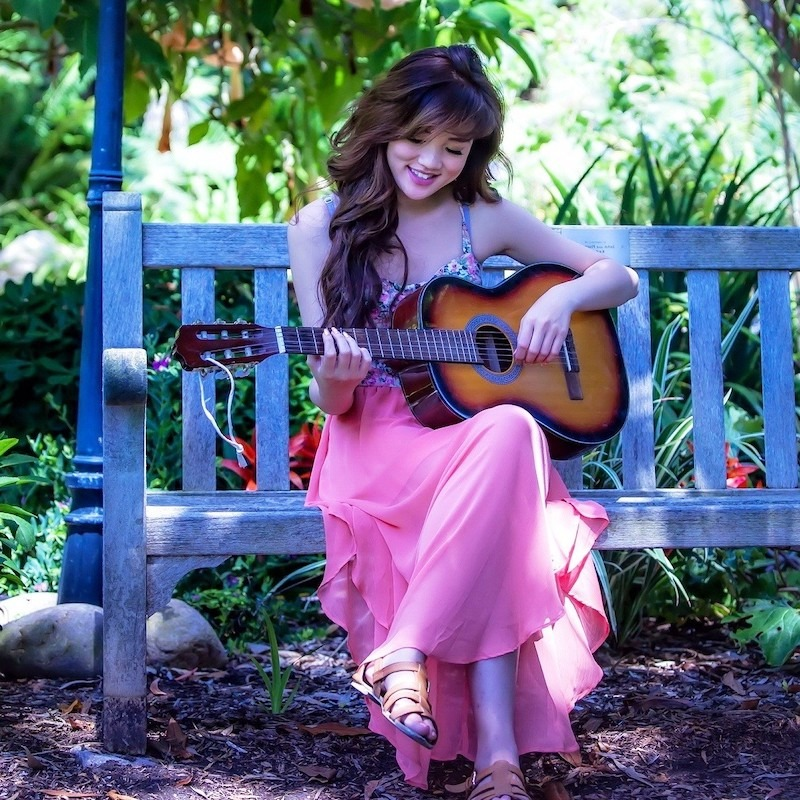 Stylish Girl With Guitar Hd Wallpaper 100 Girls Dp Images For Whatsapp Attitude Quotes Etc