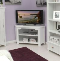 New England white painted living room furniture corner ...