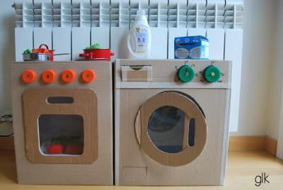 Juguetes reciclados con cajas de carton (6)