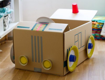 juguetes-carton-coche