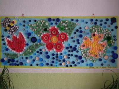 Murales con tapones de plástico (1)