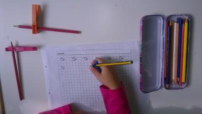 Truco enseñar a coger el lápiz correctamente (18)