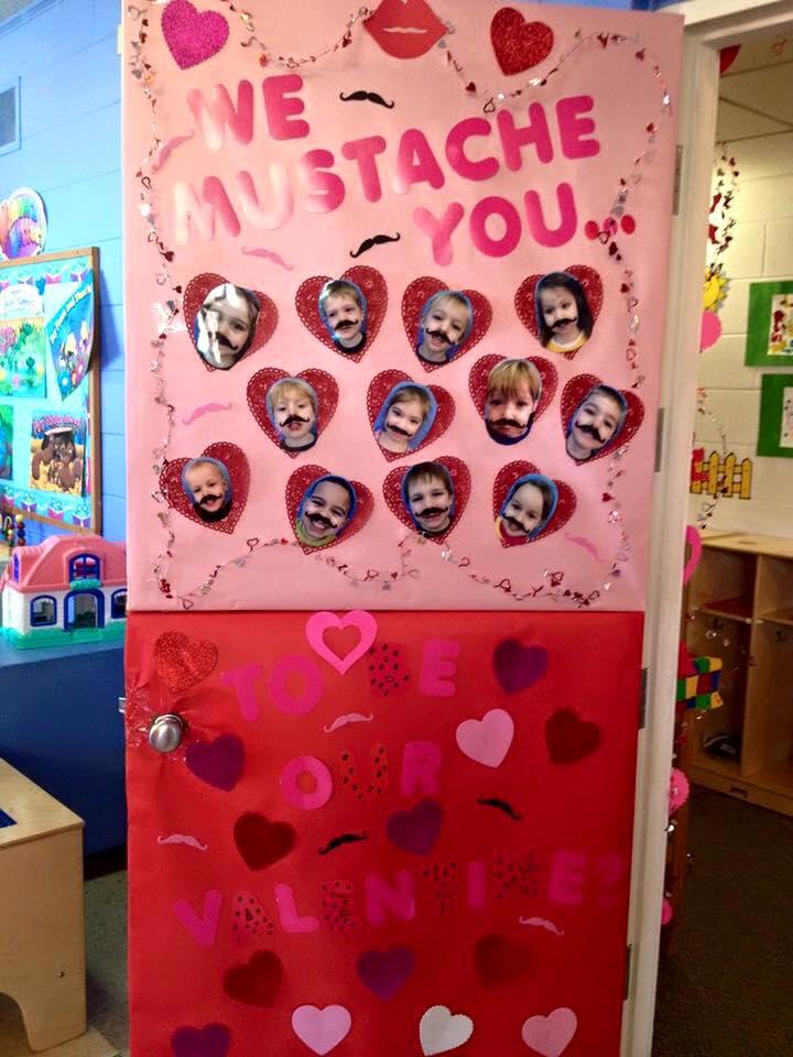 Puertas san valent n 18 imagenes educativas for Puertas decoradas del 14 de febrero