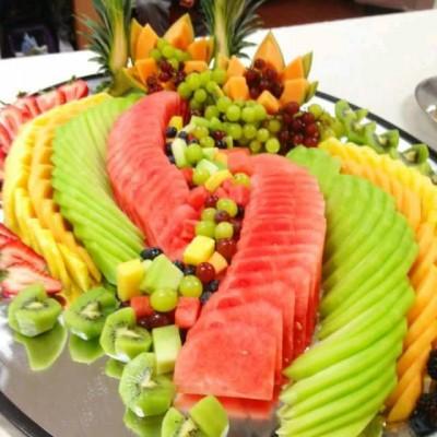 Fuentes y brochetas de frutas (16)