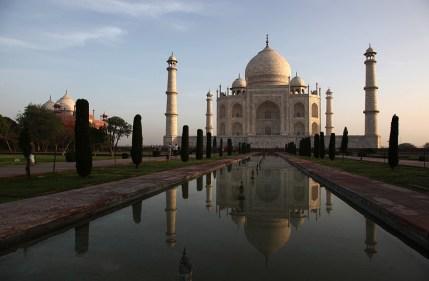 """Le Taj Mahal, vision """"carte postale"""" - Agra, Inde 2012"""