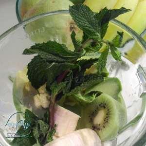 Green, smoothie, ingridients, avocado, pear, kiwi