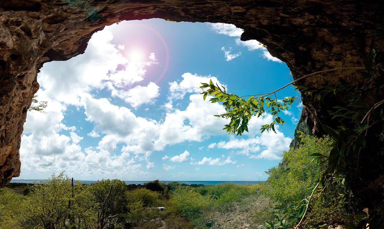 Bonaire, cave, panorama