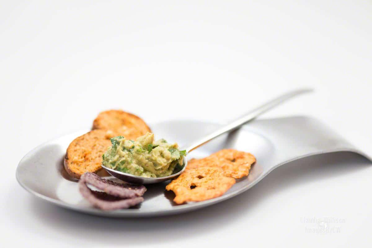 Guacamole, serving, suggestion