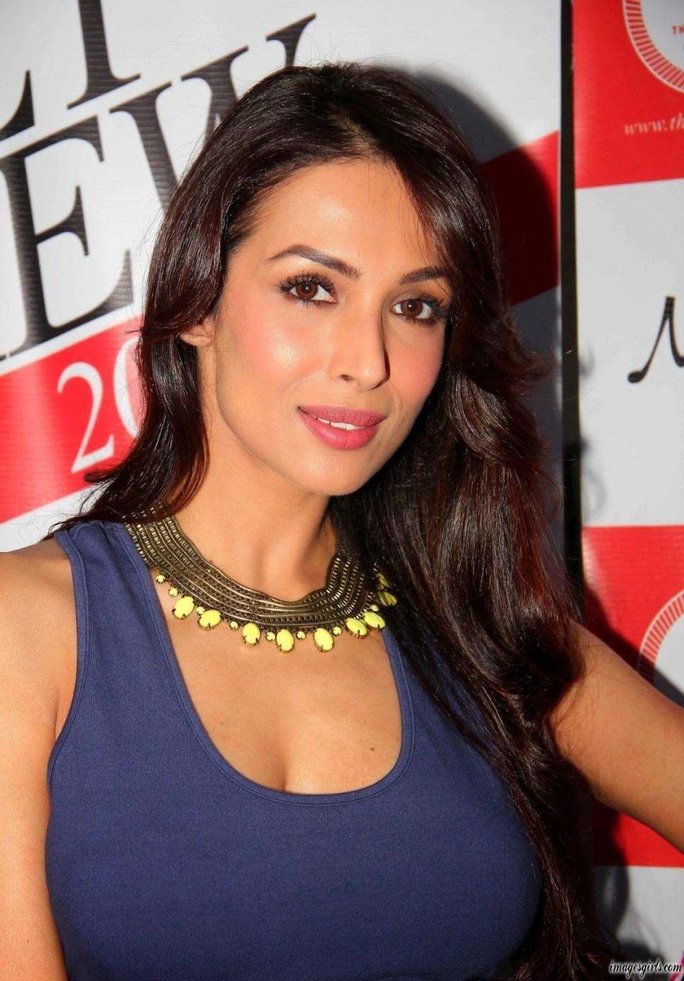 Malaika Arora Khan Sexiest Boobs Show