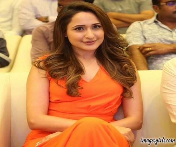 Pragya Jaiswal Hot Photo At Achari America Yatra