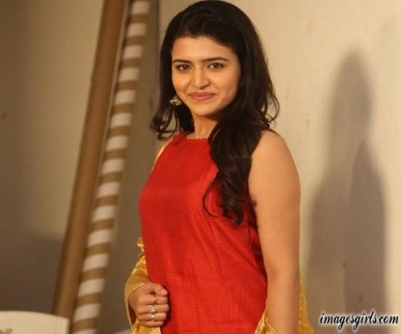 Chitra Shukla Photoshoot At Rangula Ratnam Movie