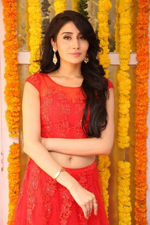 Monica Sharma beautiful img