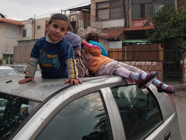 Children at demonstration in Sheikh Jarrah. 11/12/2009