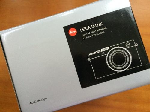 Leica-D-Lux box