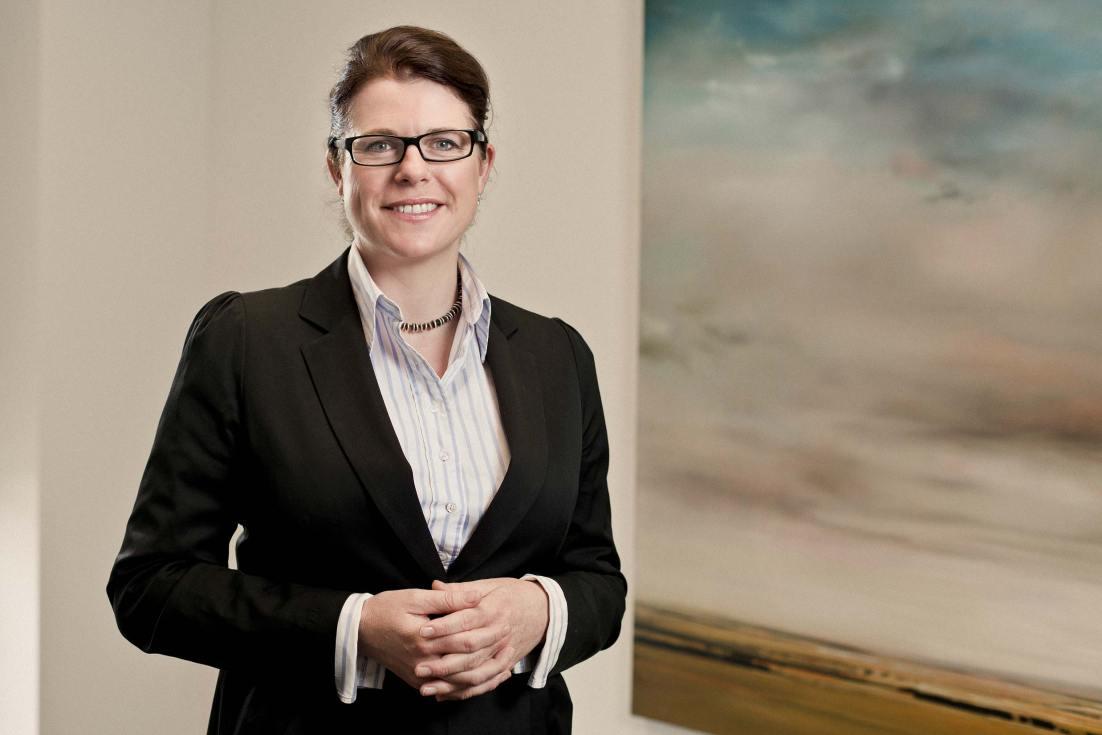 12006-013-Image-Workshop-corporate-photographer-Melbourne-executive-portrait