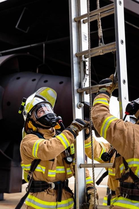 18106-3630-Image-Workshop-Melbourne-firefighter-fire-fighting-photography