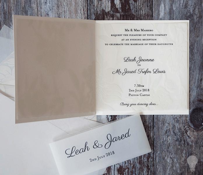 Diy vellum wedding invitation make your own wedding stationery with vellum overlay