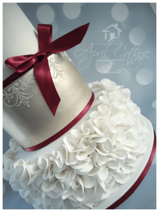 april_cottage-cakery_beautiful_wedding_cake
