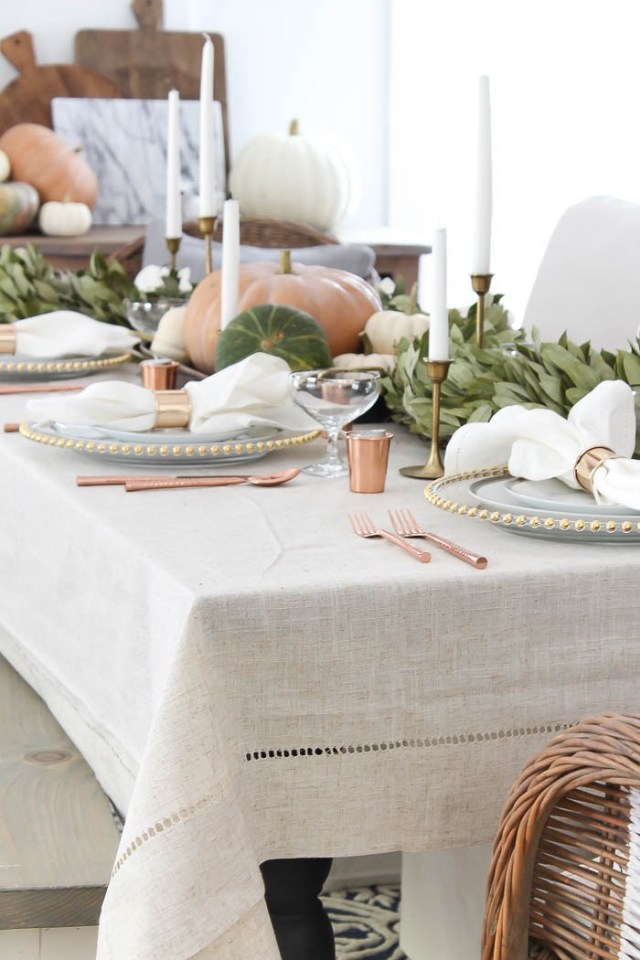 beautiful-simple-thanksgiving-table-setting-ideas