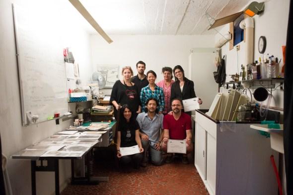 Toda a turma no final do curso, dentro de nosso pequeno-grande laboratório.