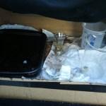 Estado do lab móvel no final do dia. A caixa preta é onde está o banho de prata.