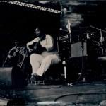 """Yamandu Costa. Ambrótipo 4x5"""". Talvez a primeira foto de show em ambrótipo do século? ;)"""