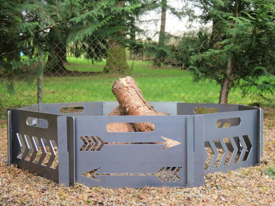 compact 8 panel firepit