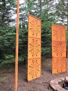 Screens garden panel