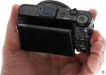 Sony RX100 II review -- in-hand from above