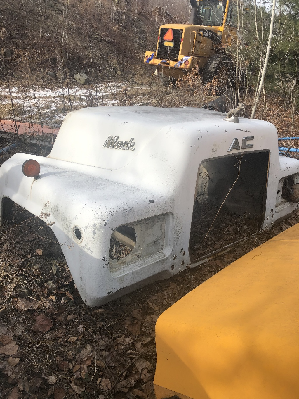 small resolution of used 0 mack dm hood truck parts 2251