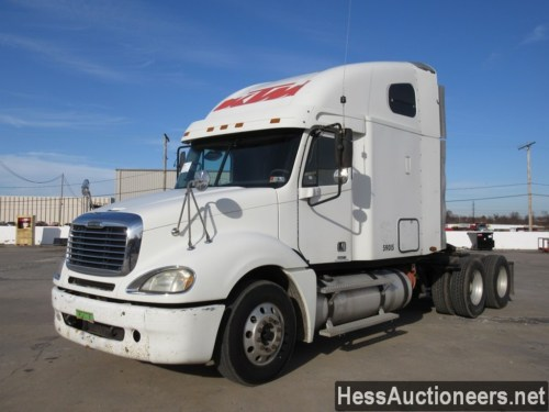 small resolution of used 2005 freightliner columbia tandem axle sleeper trailer 27734
