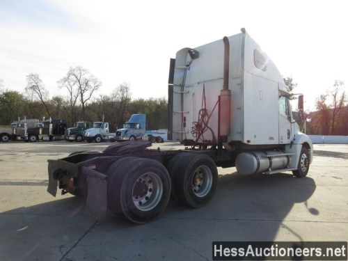 small resolution of used 2005 freightliner columbia tandem axle sleeper trailer 27734 3
