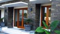 Desain dinding batu alam rumah minimalis