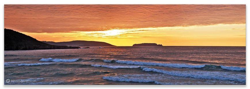 Ara Solis Sisargas, Comprar fotografía de Galicia Paisajes Gallegos Puesta de Sol en Playa de Razo Islas Isargas Decoración Naturaleza Ara Solis