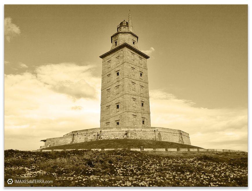 Torre de Hércules sepia, Comprar fotografía Faros de Galicia Torre de Hércules Océano Atlántico Naturaleza Decoración