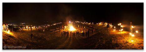 Comprar fotografía Fiestas de Galicia Castro Landin Cuntis Pontevedra Solsticio Noche de San Juan Ritual Gallego Decoración
