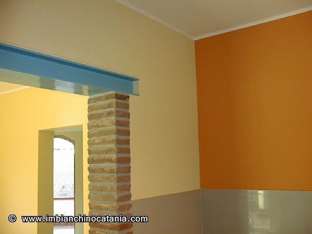 Bicolore pareti cucina  Pittura  Decorazione