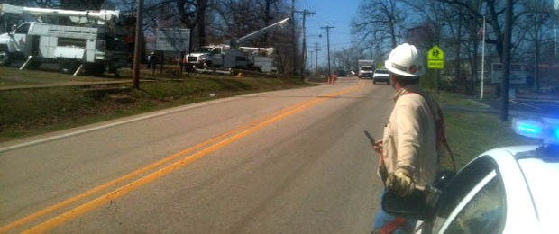 Semi Truck Causes Damage To Electric Pole Causing Power Outage And