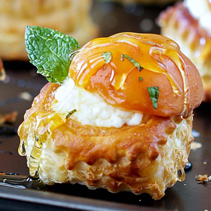 Apricot Mascarpone Puff Pastry