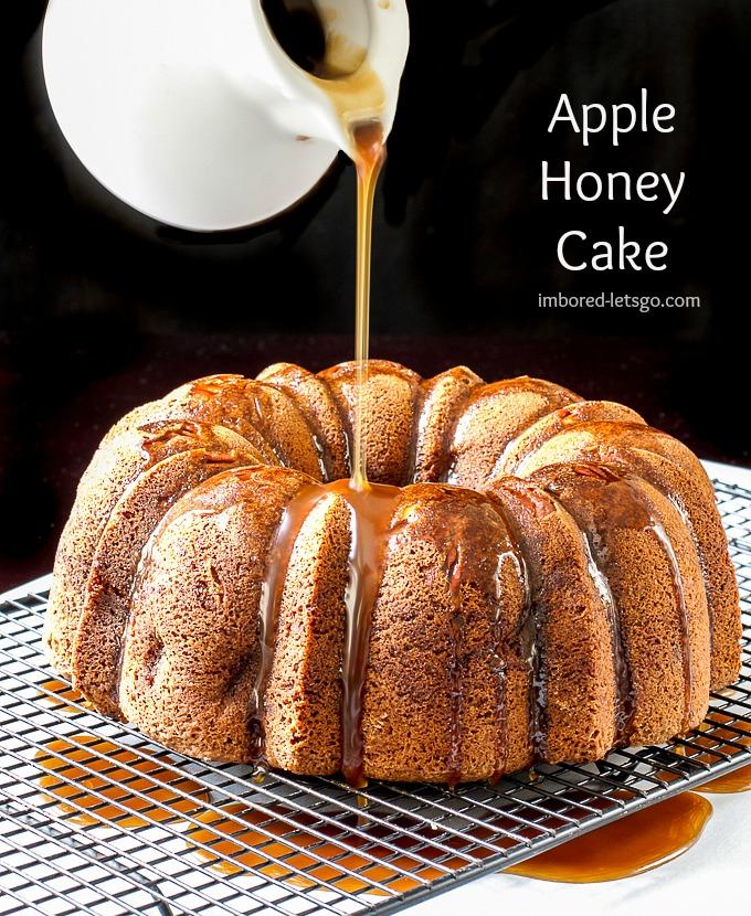 Honey Apple Cake with a warm Honey Caramel Sauce #fall #holidays #baking