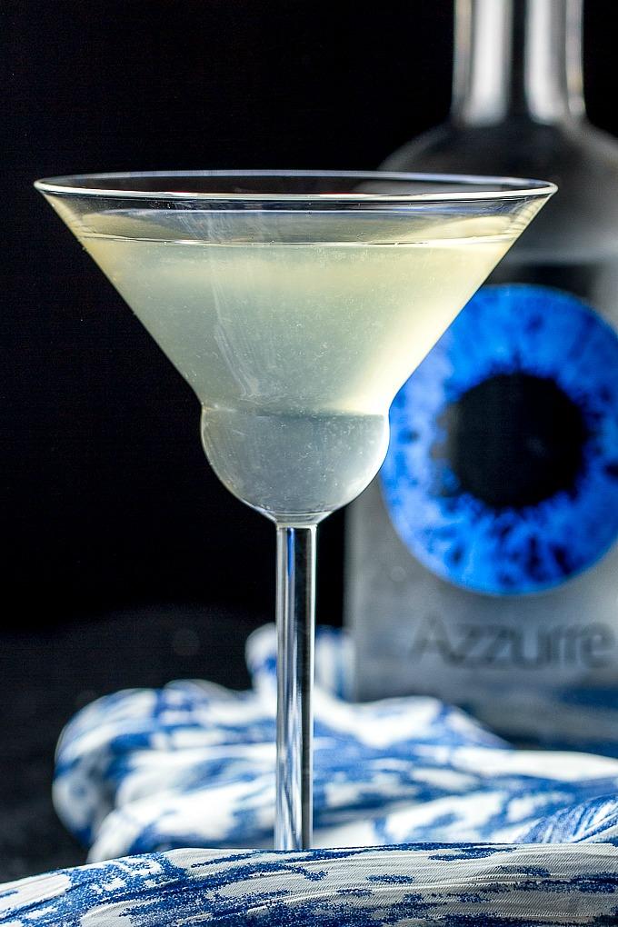 White Cranberry Cosmo with Azzurre Vodka