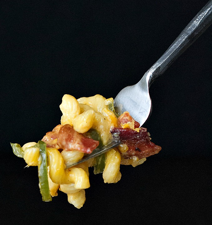 Bacon Jalapeno Macaroni and Cheese