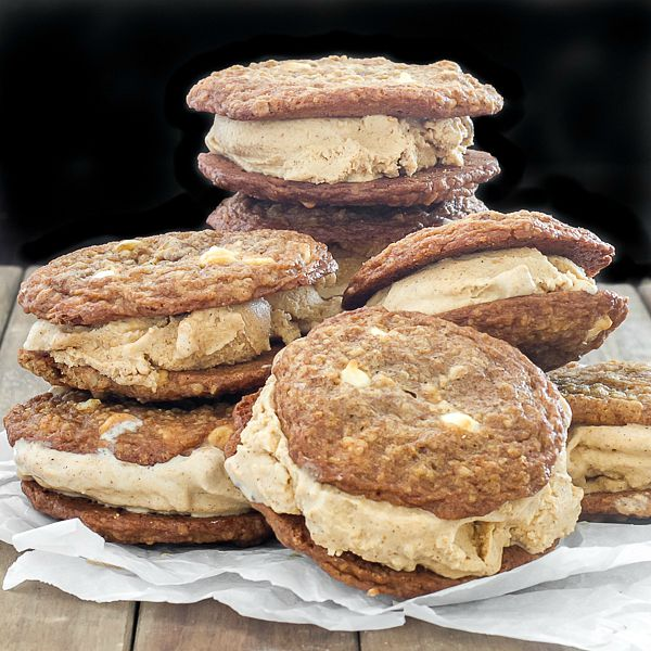 Oatmeal Pumpkin Spiced Ice Cream Sandwiches - Oatmeal cookies stuffed with pumpkin spiced ice cream