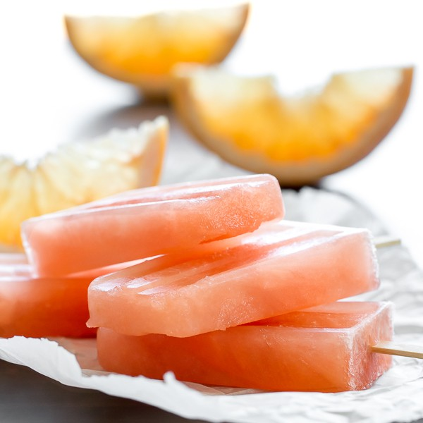 Negroni Popsicles - like the cocktail but frozen with grapefruit juice!