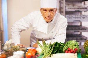 trabajo serio imchef 300x200 6 atributos esenciales en un chef