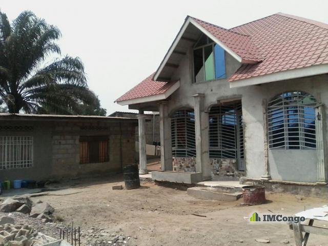 Maison  villa A VENDRE Kinshasa MontNgafula  Maison  Quartier MasangaMbila