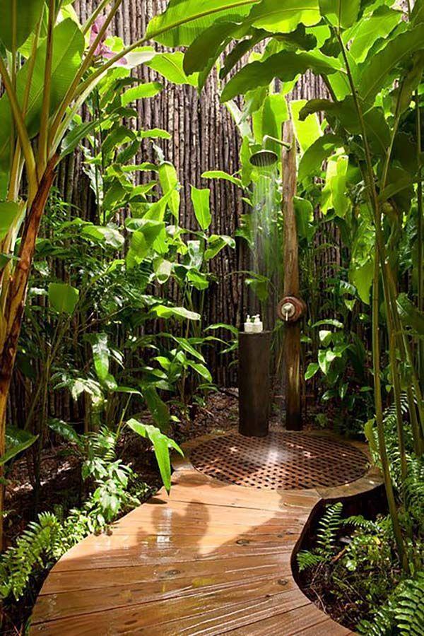 duchas elegantes y al aire libre